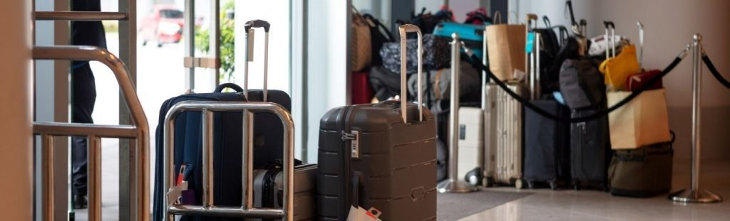 luggage coach holiday group arrival coach holiday expert #coachholiday expert
