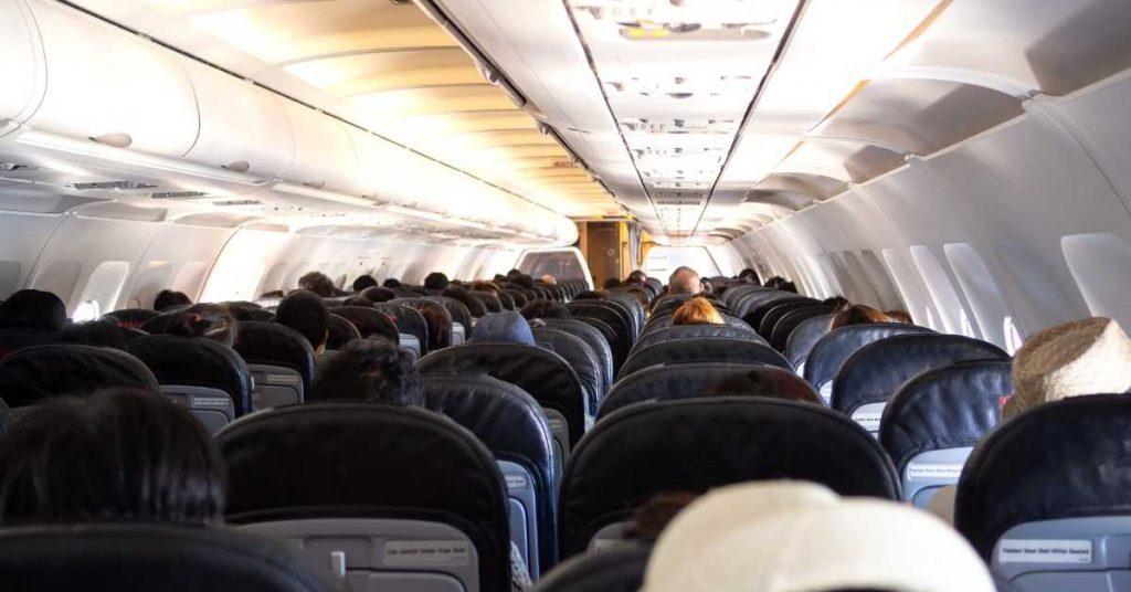 easyjet baggage easyjet seats the professional traveller #theprofessionaltraveller