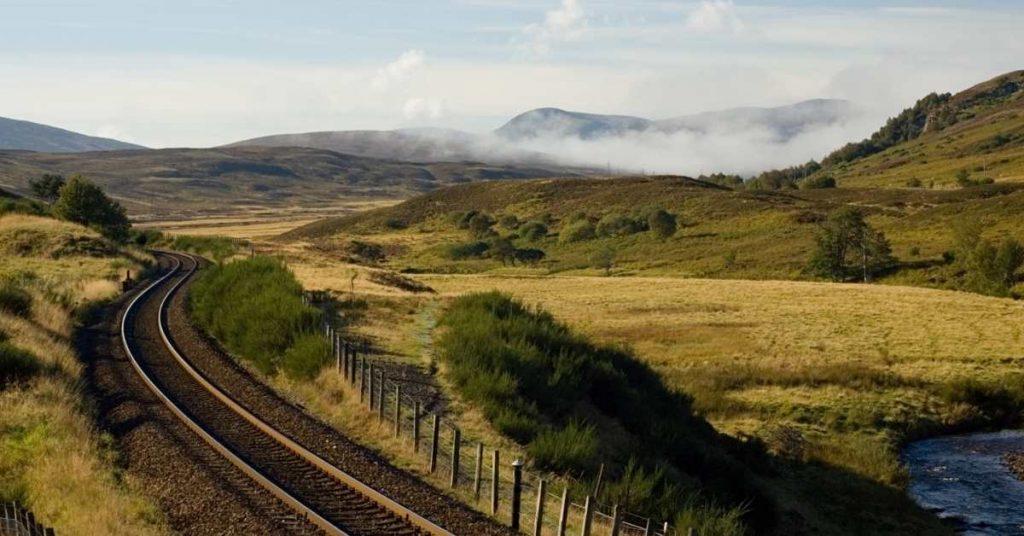 far north line, the highlands getting to the highlands #theprofessionaltraveller #seemoreworldforless