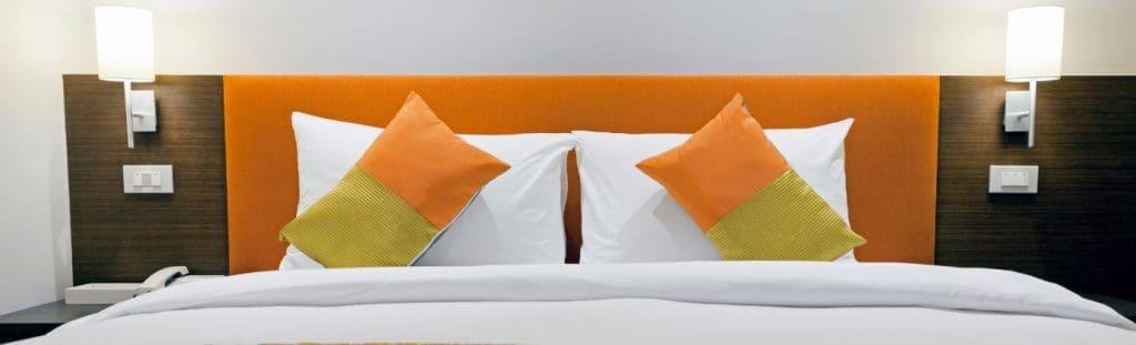 mobile phone hacks the professional traveller bedroom